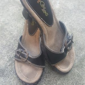 Shoes - Black leather wedges